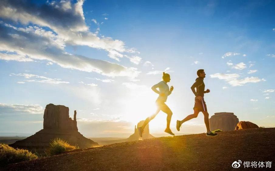 锻炼身体柔韧度,可以提高跑步表现