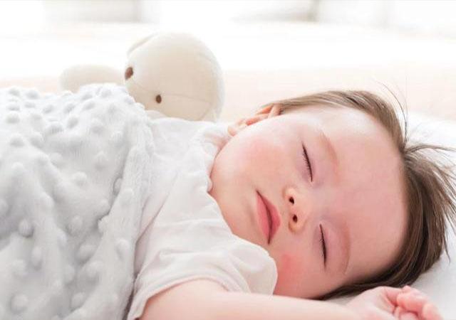 """宝宝视力发育""""异常"""",往往受这些因素影响"""