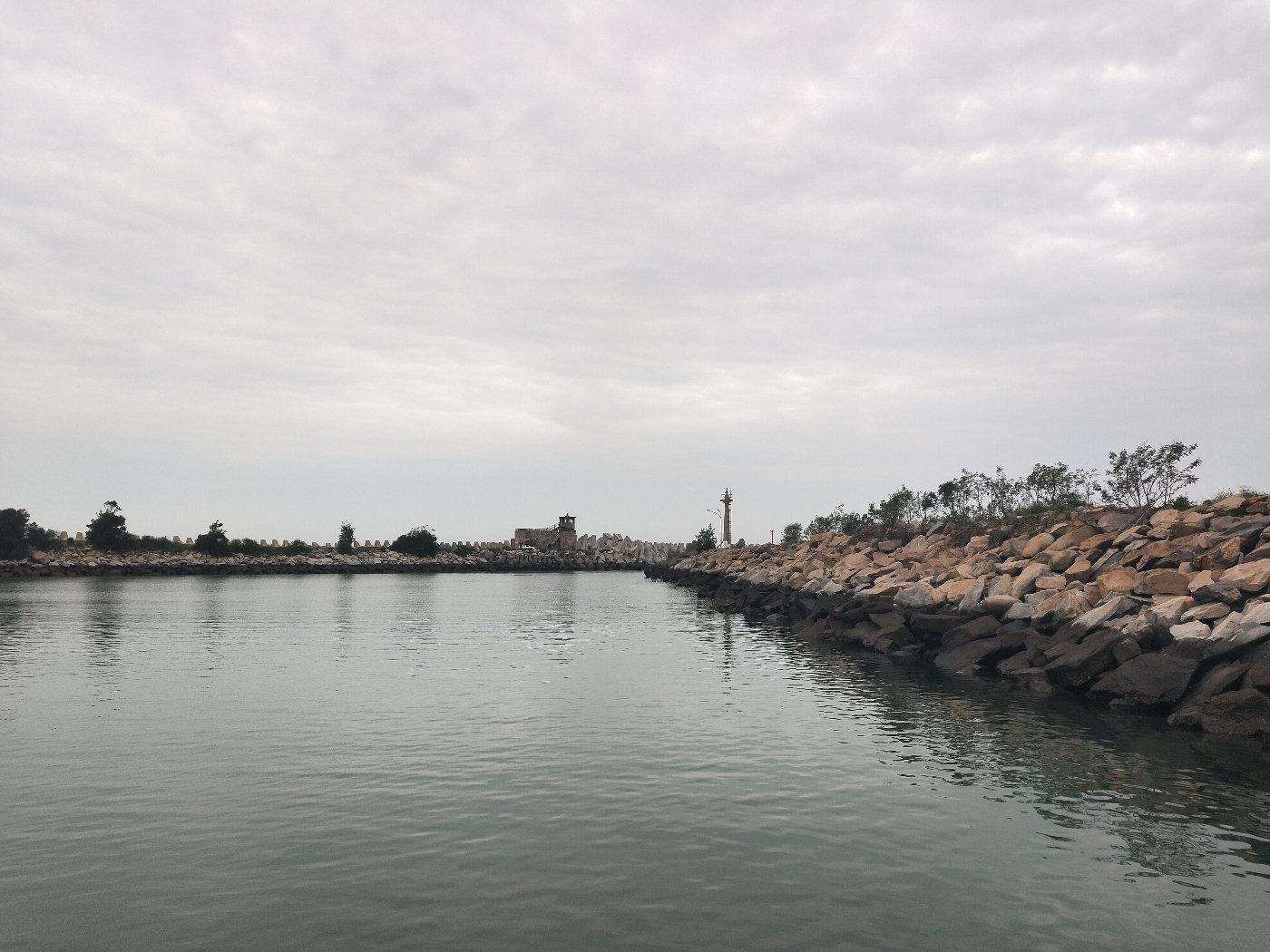 走前再看一眼,再见了渔港