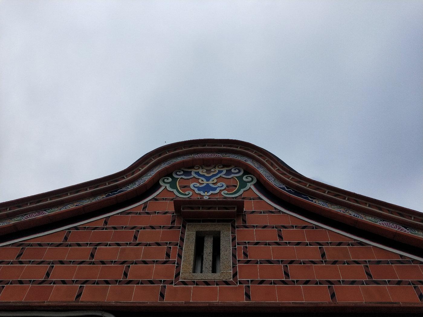 屋顶屋檐格外精致