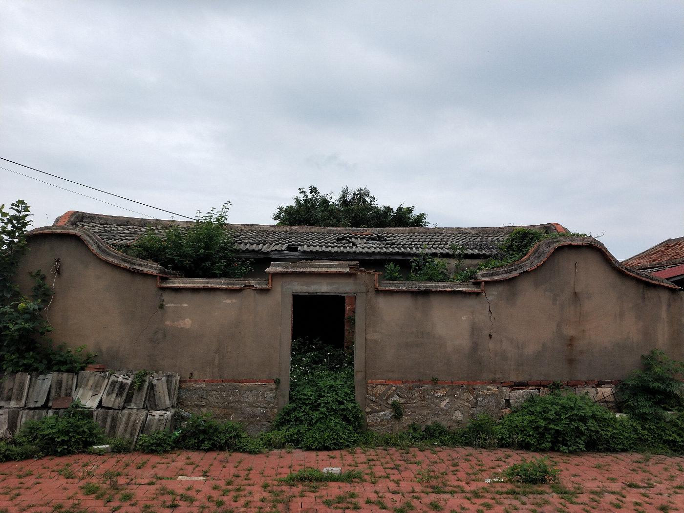 一吹废弃的老房子
