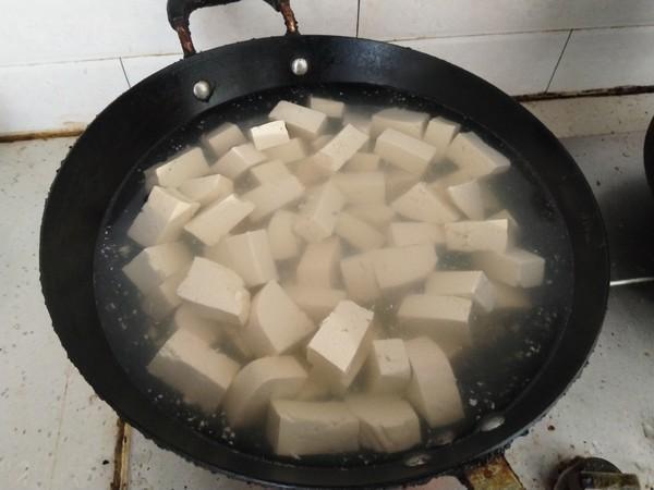 夏天要补钙,多给孩子吃这菜,钙足才能猛长个,3元一斤超便宜